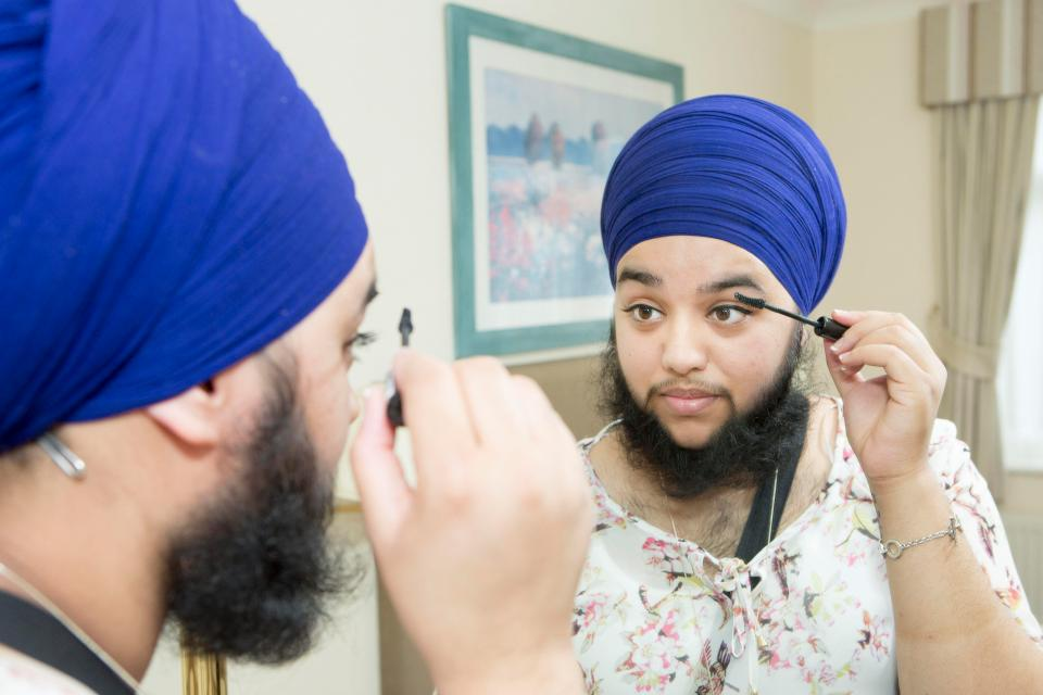 Harnaam Kaur, England's most publicized bearded woman-blind maiden - 3