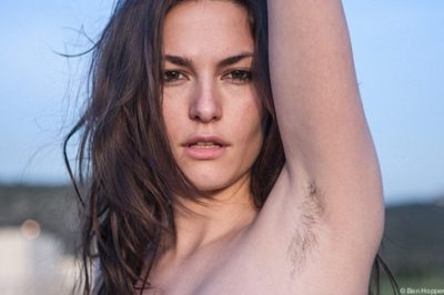 hair-hairy-women-underarms